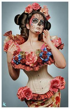 Spring Muertos Sugar Skull Pin Up in Corset Looks Halloween, Fete Halloween, Halloween Costumes, Halloween Face Makeup, Halloween Ideas, Zombie Costumes, Classy Halloween, Corset Costumes, Halloween Clothes