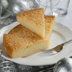 Dolce di miglio - Nuova Terra Ingredienti 300 g di Miglio Biologico Nuova Terra 1 l di latte 100 g di burro, più un po' per imburrare la teglia 150 g di zucchero 3 uova intere la scorza grattugiata di 1 limone un pizzico di sale 1 bustina di lievito