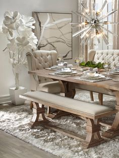 Matchless headed french shabby chic dining room Search Now Shabby Chic Dining Room, Dining Room Table Decor, Elegant Dining Room, Dining Table Design, Dining Room Sets, Dining Room Furniture, Living Room Chairs, Room Decor, Dinning Room Table Rustic