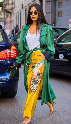 Would Combine With Any Piece Of Clothes. 43 Outstanding Casual Style Looks You Will Want To Keep – Outstanding Street Fashion Outfit. Would Combine With Any Piece Of Clothes. Fashion Mode, Fast Fashion, Fashion Weeks, Look Fashion, Hijab Fashion, Fashion Outfits, Fashion Trends, Fashion Online, Womens Fashion