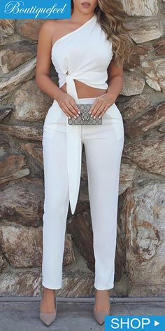 One Shoulder Ruched Knot Top & Pant Sets in 2020 Elegant Outfit, Classy Dress, Classy Outfits, Stylish Outfits, Sexy Classy Style, Elegant Summer Outfits, White Fashion, Look Fashion, Fashion Outfits