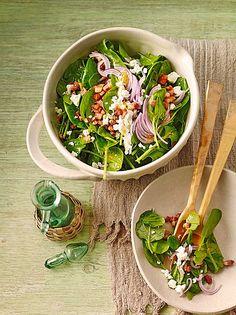 Salat vom Jungen Blattspinat mit Feta und Speck - perfekt für den Frühling