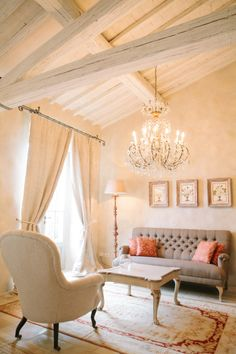 Villa Seating at the Borgo Santo Pietro | photography by www.ktmerry.com/...