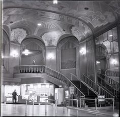 Gateway Theatre, Chicago | Louis Grell Foundation--the movie theatre of my childhood!