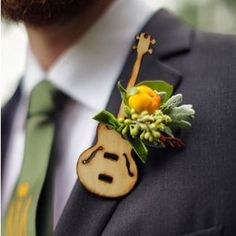 Examine this vital image in order to find out the here and now information and facts on Budget Wedding Planning Guitar Wedding, Wedding Music, Corsage And Boutonniere, Groom Boutonniere, Boutonnieres, Wedding Events, Wedding Day, Budget Wedding, Wedding Stuff