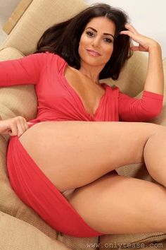 Camel cleavage mini naked nude skirt toe upskirt