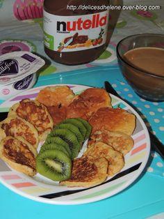 J'ai repéré cette idée sur le net à plusieurs endroits et forcément j'ai été emballé par la simplicité de la réalisation et du peu de points qu'elle rapporte avec la méthode Weightwatchers. Forcément je ne peux pas m'empêcher de la partager avec vous!... French Toast, Menu, Gluten, Breakfast, Ethnic Recipes, Points, Food, Pancakes, Light Desserts