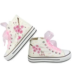 2017 women hand-painted high canvas sweet shoes girls fashion casual shoes platform Student shoes plus size shoes for women Custom Sneakers, Custom Shoes, Sock Shoes, Shoe Boots, Kawaii Shoes, Hand Painted Shoes, Shoe Art, Converse Shoes, Girls Shoes