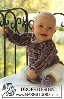 """BabyDROPS 18-18 - DROPS Jumper and socks in """"Fabel"""". - Free pattern by DROPS Design"""