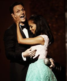 """LOS ANGELES, CA – FEBRUARY Actor Tony Goldwyn (L) presents actress Kerry Washington with Outstanding Actress in a Drama Series award for """"Scandal"""" onstage during the NAACP Image Awards at The Shrine Auditorium on February 2013 in. Tony Goldwyn, Pretty People, Beautiful People, Beautiful Things, Afro, Olivia And Fitz, Olivia Pope, Drama Series, Tv Series"""