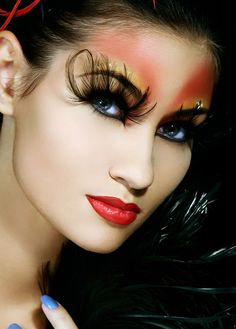 Feather lashes and crystal accents enhance colorful make-up. Make Up Art, Eye Make Up, How To Make, The Ghostbusters, Images Esthétiques, Feather Eyelashes, Extreme Makeup, Dramatic Makeup, Portraits