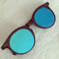 Retro sunglasses  PRICE FIRM Mirrored retro sunglasses. UV protected Accessories Sunglasses