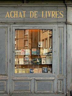 French bookshop patina