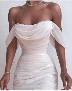 Fancy dresses - Solid Color Backless Dress from Fashion designer – Fancy dresses Pretty Dresses, Beautiful Dresses, Elegant Dresses, White Formal Dresses, White Gowns, Evening Dresses, Prom Dresses, Backless Dresses, Dresses Dresses