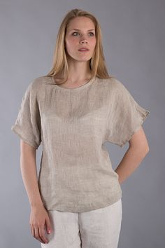 Linen T- shirt / Loose Linen Blouse /Washed Linen Flax Top   Made with 100% pure Washed softened linen.  Pre-washed linen is chic and creases with style, no need to iron. It becomes softer and durable with each wash.  Photos are taken on model wearing size S/M Length: 24 / 60 cm   Size Chart:  Petite ( XXS, XS, S )- 32-36 Bust / 25-30 Waist / 34-38 Hips  Regular (S - M, M, L)- 38-40 Bust / 33-36 Waist / 40-42 Hips  Large ( XL, XXL)- 42-46 Bust / 38-42 Waist / 44-48 Hips   Please note…