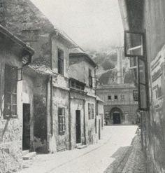Tabán, Virág Benedek utca, szemközt a Rác-fürdő