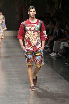 Dolce Gabbana Summer 2016 Men s Fashion Show. www.dolcegabbana.com Moda  Maschile d2abfc679be