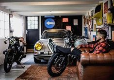 Best Indoor Garden Ideas for 2020 - Modern Garage Shop, Garage House, Dream Garage, Car Garage, Man Cave Room, Man Cave Home Bar, Gas Monkey Garage, Garages, Vintage Modern