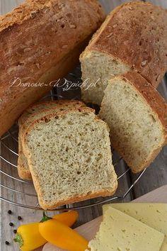 Drożdżowy chleb babci Władzi Healthy Bread Recipes, Cake Recipes, Cooking Recipes, Polish Recipes, Bread Rolls, Food Styling, Banana Bread, Sweet Treats, Good Food