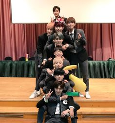 because they deserve the world and an award for the album they just put out because it's everything and more. Neoz School, Kim Young, Chani Sf9, Sf 9, Fnc Entertainment, Kpop Groups, My Boys, Namaste, Boy Bands