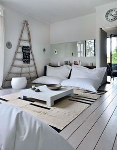 White living-room #Interior #Design #Ideas