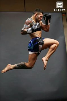 #Muay #Thai! #flying #knee