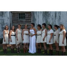 Cream mismatch bridesmaids