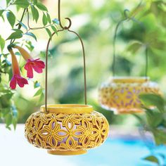 Get green fingered and adorn your garden with beautiful PartyLite hanging lanterns!