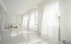 Image detail for -White Interior Decoration Cool White Room flowing Curtains Decor . Modern White Living Room, White Rooms, Dark Rooms, Rideaux Design, White Interior Design, White Curtains, Muslin Curtains, Wall Curtains, Sheer Drapes