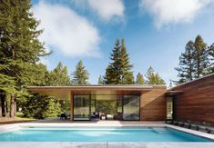 These homes take the spaciousness of midcentury, single-level floor plans to the next level, keeping the consideration of aging homeowners in mind.