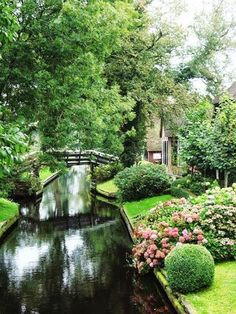 A village with no roads, Giethoorn, Netherlands