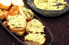 green crostini by smitten, via Flickr for snack exchange today