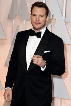 Chris Pratt looked awfully dapper at the Oscars