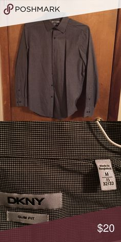 Men's DKNY slim fit button down Excellent condition DKNY Shirts Dress Shirts