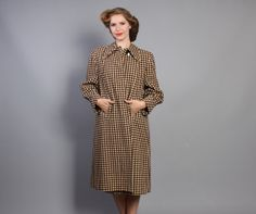 Looking forward to chilly days! Plaid wool 40s coat, just in time for autumn.