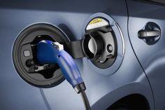 La batería dual de carbono para híbridos, a fondo ▸ http://www.motorpasion.com/espaciotoyota/la-bateria-dual-de-carbono-para-hibridos-a-fondo
