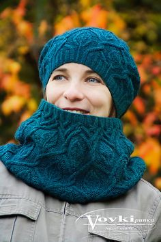 Dancing Leaves Snood is a cozy looking garment that has multiple sizes. It complements Dancing Leaves Hat Knitting Patterns, Crochet Patterns, Leaf Patterns, Crochet Shawl, Knit Crochet, Snood Pattern, Stitch Markers, Lana, Ravelry