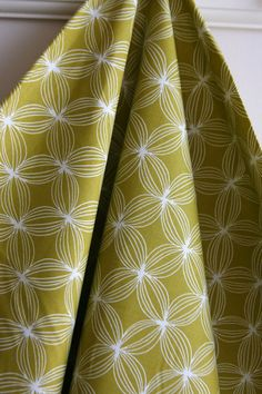 Star Pods in Green by Patty Sloniger from the Les by SewFineFabric, $2.50
