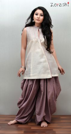 Zoyashi's maheshwari top with embroidery inspired by a lotus combined with dhoti pants. Stylish Dresses, Casual Dresses, Fashion Dresses, Girls Dresses, Salwar Designs, Blouse Designs, Indian Designer Outfits, Designer Dresses, Pakistani Dresses