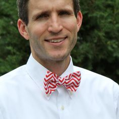 Men's Bow Tie in Red and White Chevron