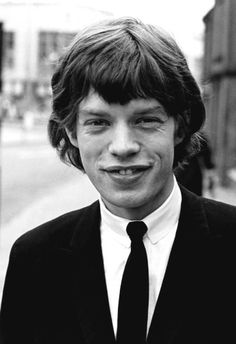 Mr gargantuan lips Mick Jagger in the 60's when they assumed the mantle of the bad boys of pop music ✅