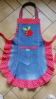 Jeans Refashion Sewing Projects Sewing Crafts Fabric Crafts Sewing Aprons S Jean Crafts, Denim Crafts, Sewing Aprons, Sewing Rooms, Denim Aprons, Sewing Jeans, Sewing Clothes, Refaçonner Jean, Jean Bag