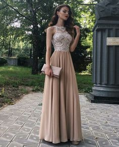 Galakleider ➤ Ideen mit Bildern Gala dresses ➤ Ideas with pictures & 101 fashion dresses & 2018 & 2019 & The post Gala dresses ➤ Ideas with pictures & Abschlussball Kleider appeared first on Yorgo Angelopoulos. Cute Prom Dresses, Gala Dresses, Dance Dresses, Pretty Dresses, Women's Dresses, Beautiful Dresses, Fashion Dresses, Bridesmaid Dresses, Wedding Dresses