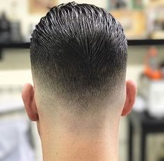 Check this out from Go check em Out Check Out for 57 Ways to Build a Strong Barber Clientele! Popular Haircuts, Cool Haircuts, Haircuts For Men, Hair And Beard Styles, Curly Hair Styles, Urban Look, Gents Hair Style, Hair Cutting Techniques, Haircut Designs