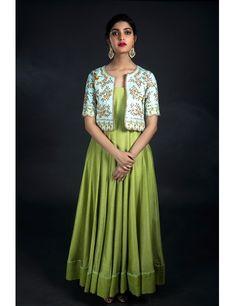 Nallamz By Archana Nallam, Shadow Green floor length anarkali. Salwar Designs, Kurta Designs Women, Kurti Designs Party Wear, Saree Blouse Designs, Frock Design, Indian Designer Outfits, Designer Dresses, Stylish Dresses, Fashion Dresses