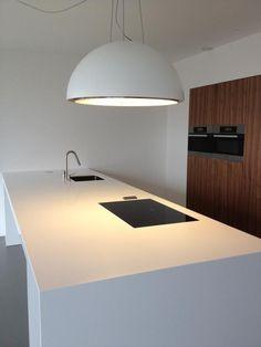 MGS F2 E keukenkraan geplaatst in een keuken ontworpen door Combo Design
