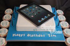 iPad cake - iPad cake and matching cupcakes