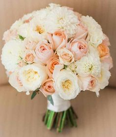 Pretty Prettyyy Peach/Ivory/White & Pink Bouquet !!