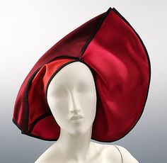 Brillant red silk satin cocktail hat with black piping Designer: Denise Sarrault Right Now Date: ca. 1983 Culture: French Medium: silk Dimensions: 15 x 20 in. Turbans, Vintage Outfits, Vintage Fashion, Vintage Hats, 20th Century Fashion, Cocktail Hat, Costume Collection, Red Hat Society, Love Hat