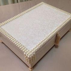 Mais uma caixinha para bijuterias saindo agora! #artesedons #artesanatoartesedons #caixadebijuteria